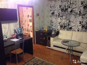 Продам 3-х комнатную квартиру центр Автозавода